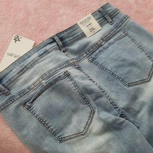 American Bazi Jeans - RIPPED LT. WASH JEAN